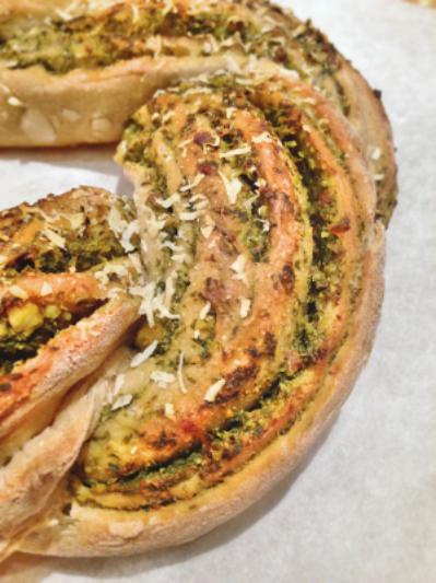 Pain torsad au pesto de fanes de carottes green cuisine for Ambiance cuisine avoine