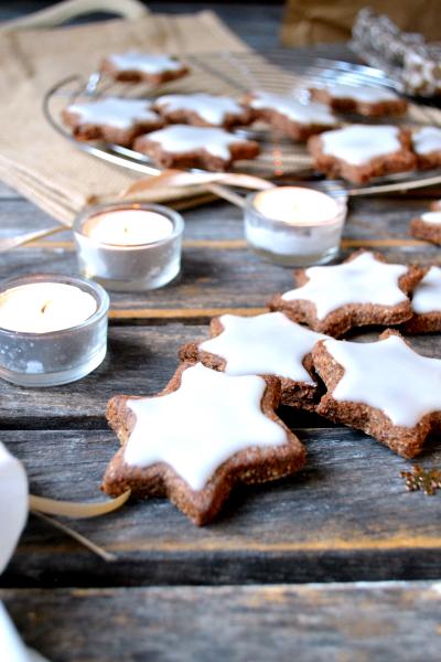 Zimtsterne étoiles à la cannelle vegan sans gluten