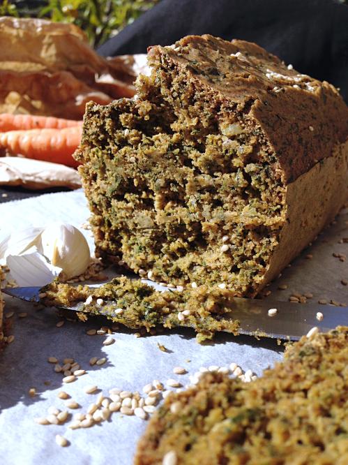 Cake aux fanes de carottes