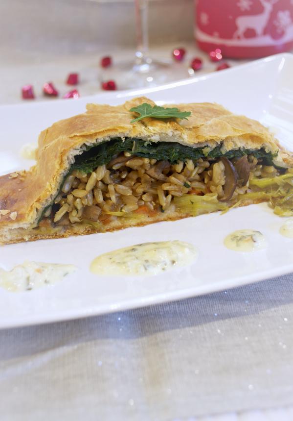 Feuilleté de Fêtes riz-légumes  et sa sauce vegan végétalien
