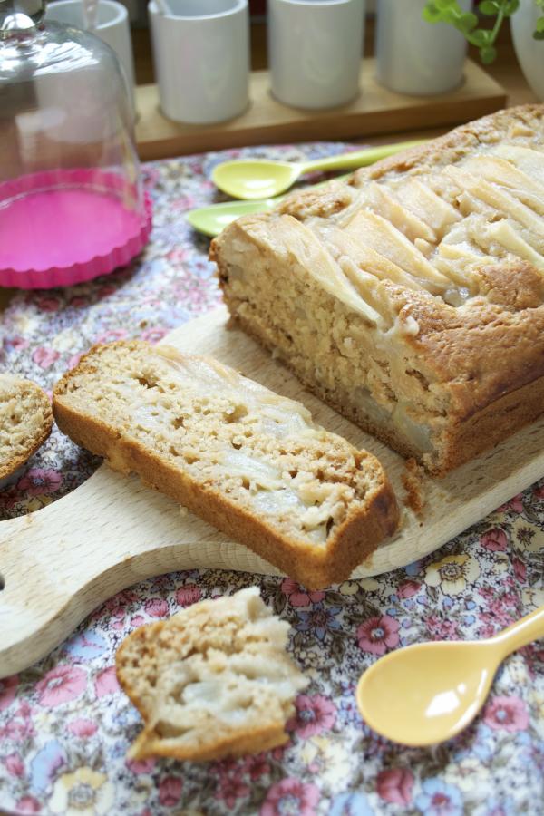 Gâteau de base vegan végétalien aux poires