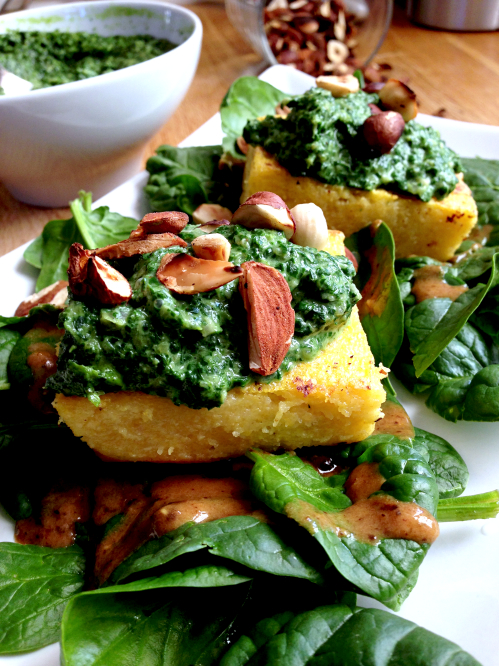 Polenta crémeux de fanes de navets vegan végétalien