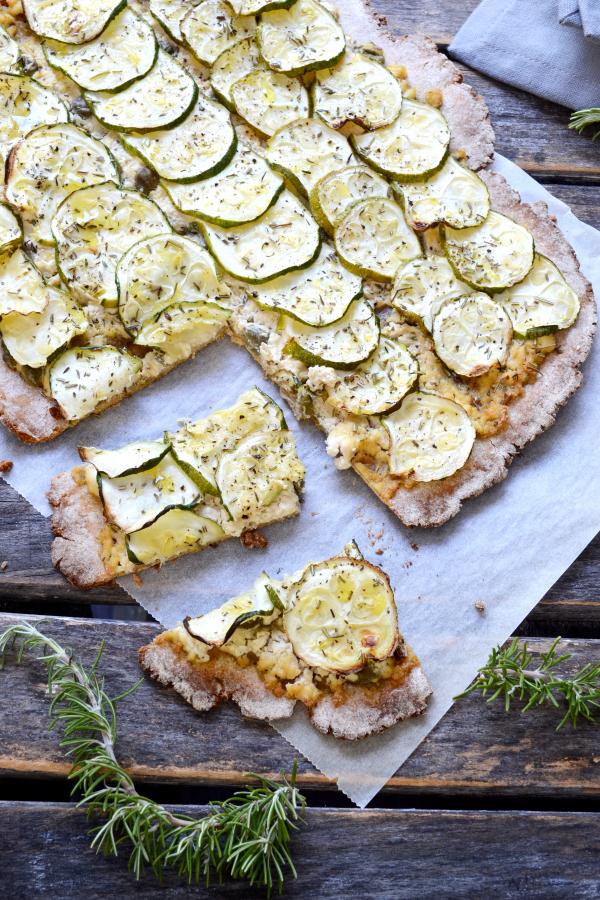 Tarte fromagère rustique aux courgettes vegan végétalien