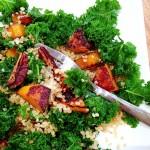 Kale, quinoa, butternut caramélisée, pécan & Chips de kale #vegan